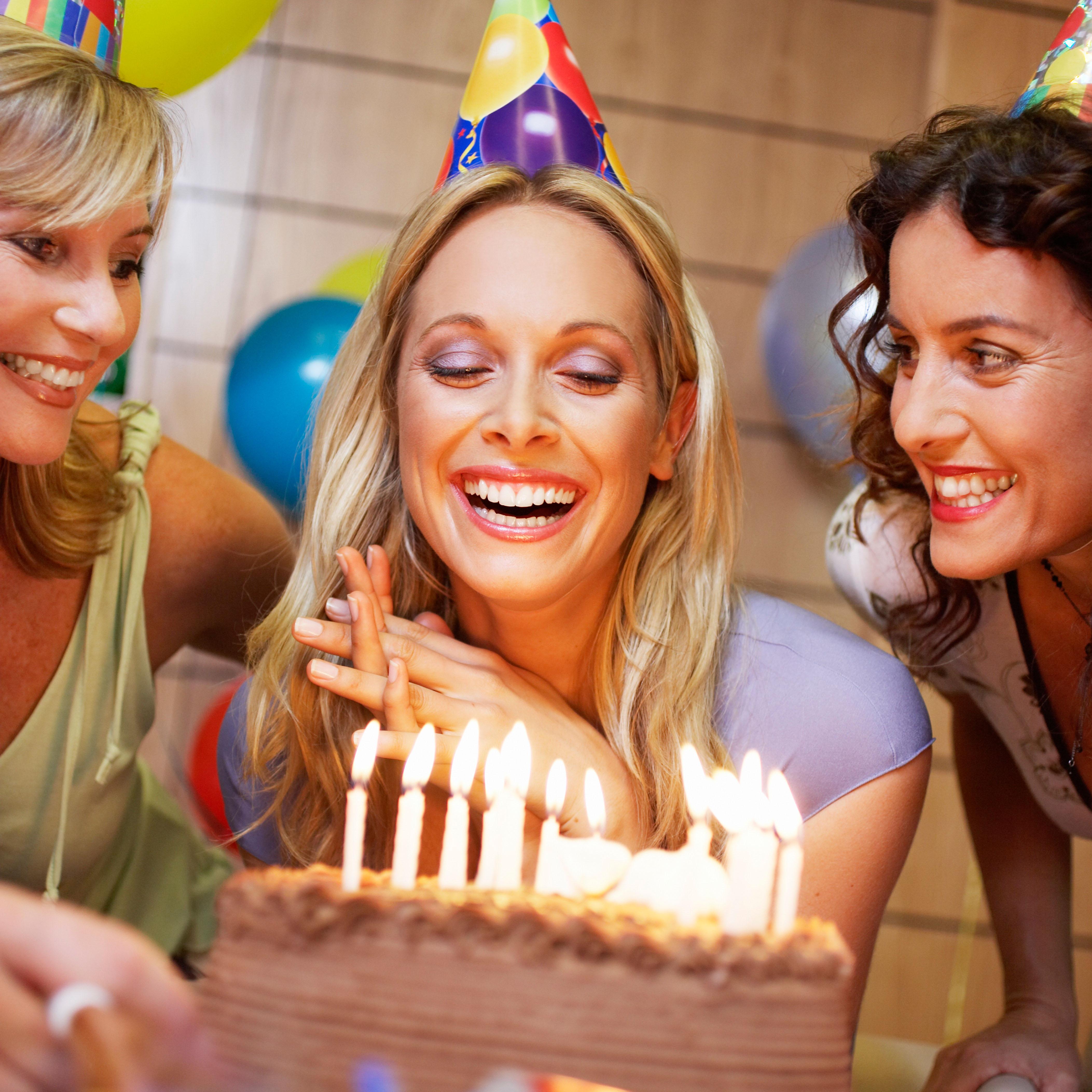Фото красивых девушек к дню рождения